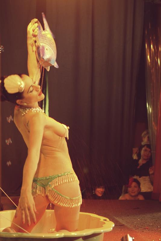20110527_burlesque_166